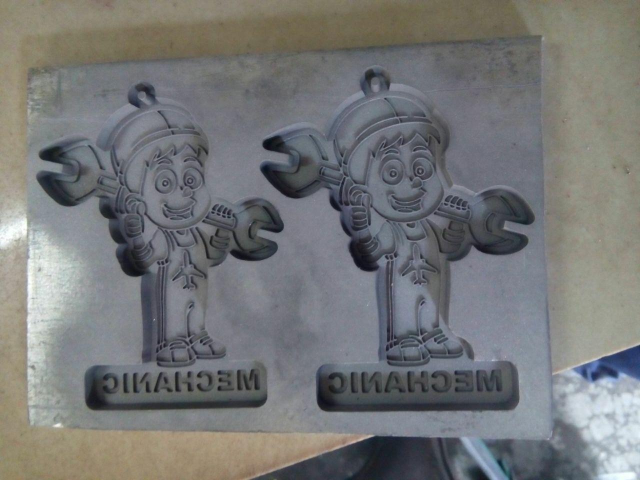 moulding cetakan gantungan kunci