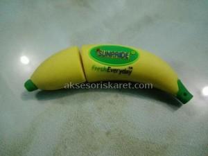 flashdisk karakter kostum pisang